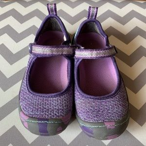 JambuKD outdoor Mary Janes. Size 10m